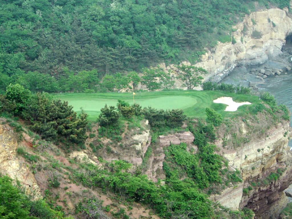 5 Days 4 Nights 3 rounds Dalian golf Package promotion from Singapore day 2