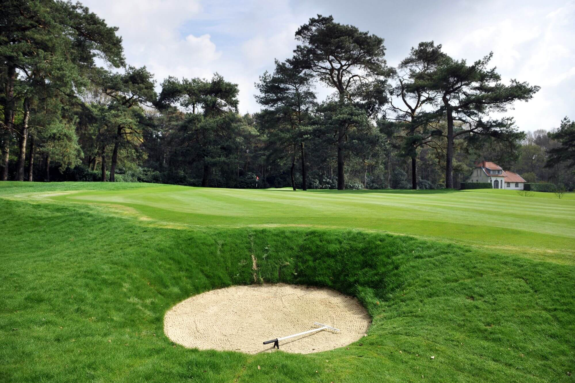 6 Days 5 Nights 4 Rounds Antwerp Golf + Tour Package from Singapore