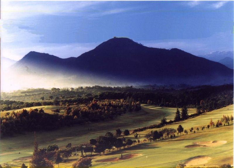 4 Days 3 Nights 3 Rounds Bandung Golf Package  (Opal Package)