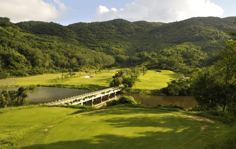 Hainan Mystic Springs Golf Club  (Sanya)