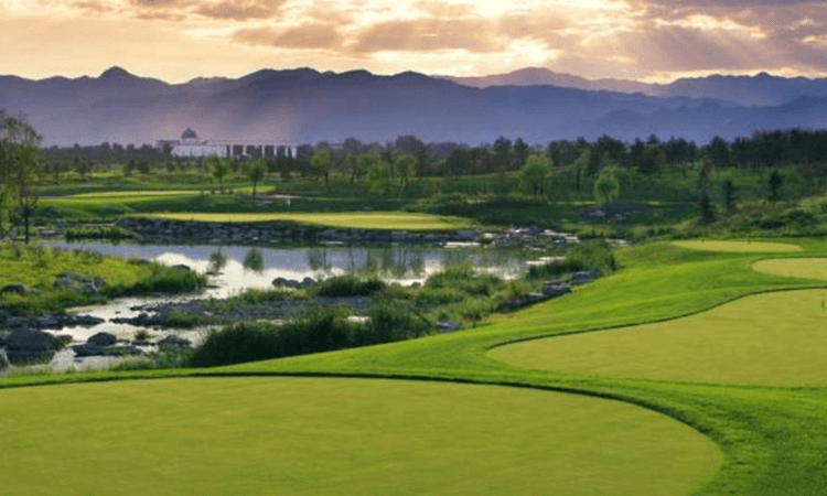 Yalong Bay Golf Club  (Sanya)