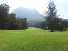 5 Days 4 Nights 3 Rounds Kuching Golf Package  (Wedge Package)