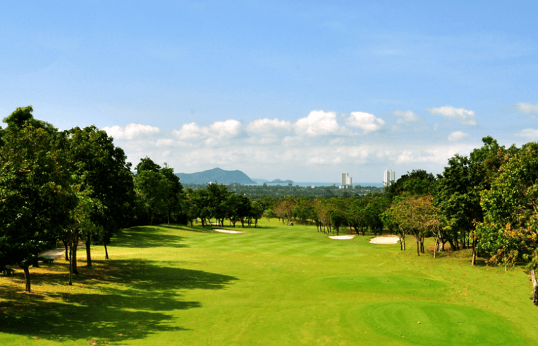 Phoenix Gold Golf & Country Club  (Pattaya)