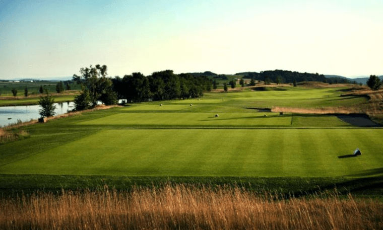 Albatross Golf Resort (in Prague)  (Vienna)