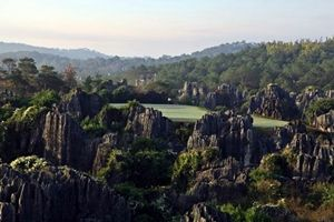 6 Days 5 Rounds Kunming Golf Package  (Platinum Package)