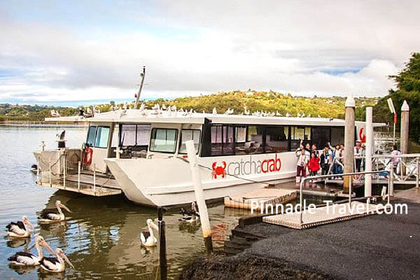 Australia Gold Coast | Catch A Crab Tour | 6 Days 5 Nights Gold Coast Farm Tour,  Signature Day Tour + 2 Worlds Australia holiday package from Singapore