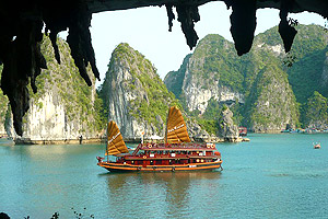 Hanoi Halong Bay Vietnam Travel Promotion From Singapore Boat